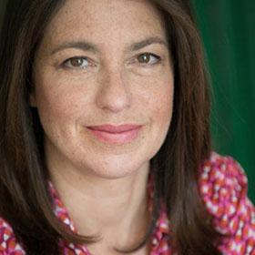 Claudia SENIK